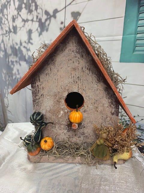 Happy Fall Yall birdhouse